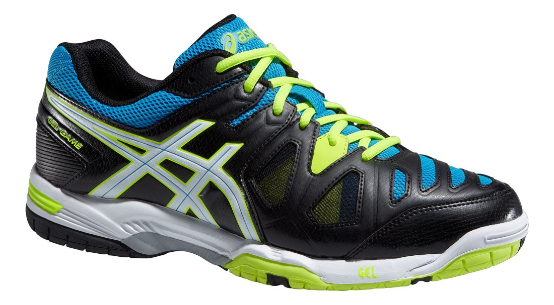 chaussures tennis asics soldes