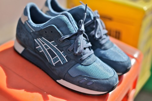 "I will be dropping the Ronnie Fieg ""Navy-Aqua"" Gel Lyte III on my birthday this coming Tuesday, June 15th at 10:00am. Priced at $105, 252 pairs will be,ronnie fieg asics gel lyte iii navy aqua"